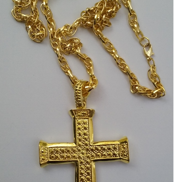 Cross Pendant Necklace Gold